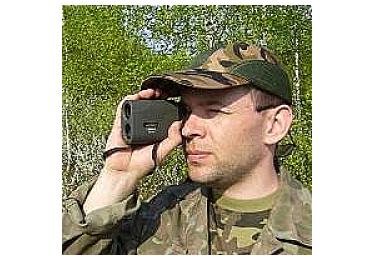 Лазерный дальномер и измеритель скорости Combat 600
